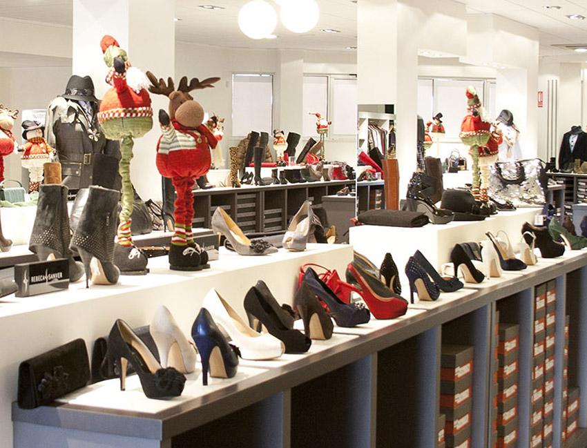 e6f2018b La industria del calzado aumenta las ventas a través de tiendas propias y  el canal online