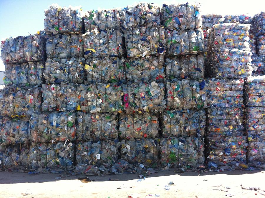 Dentis abre en Chiva la planta de reciclado más moderna de Europa