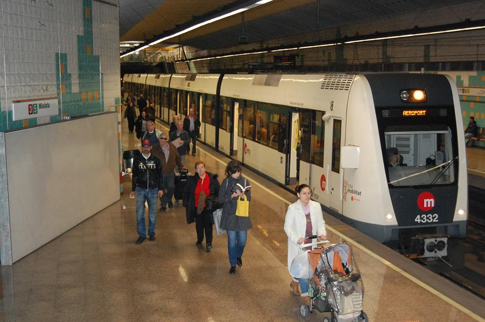 El 73 % de usuarios de Metrovalencia son por motivos de trabajo o estudios