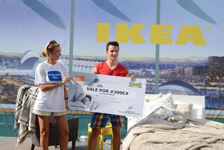 IKEA Valencia Alfafar celebró la llegada del Catálogo 2015 con una gymkana en el Turia