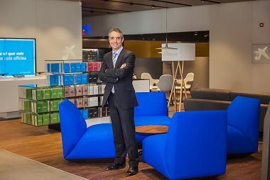 CaixaBank se acerca al mundo del comercio 'retail' al estrenar un nuevo concepto de oficina