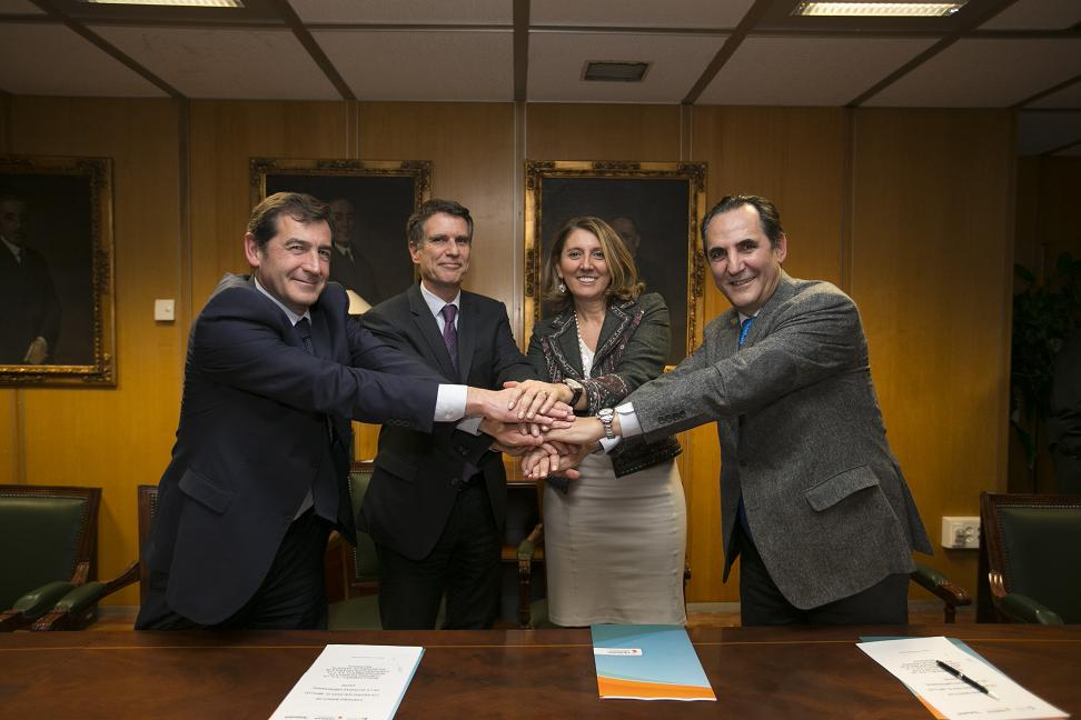 Industria, Banco Sabadell y Cersa facilitan más de 400 millones de euros a las empresas españolas