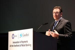 CaixaBank analiza el futuro de los medios de pago