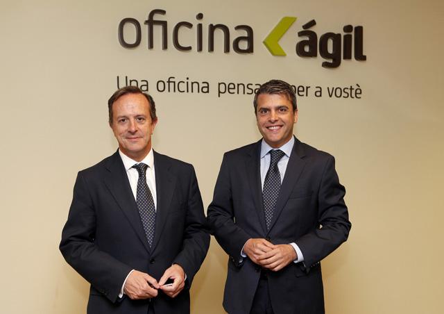 Bankia desdobla su red en oficinas giles y for Oficina agil bankia
