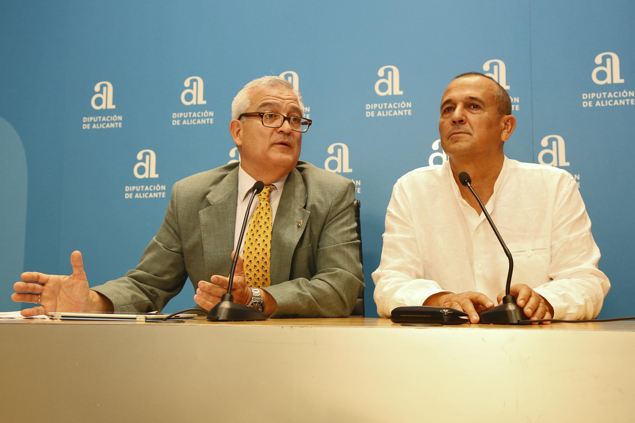 Urbá Lozano gana el Premio Enric Valor de novela en valenciano de la Diputación de Alicante