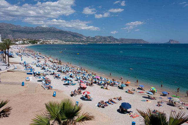 La Comunidad Valenciana recibe casi un 20% más de turistas extranjeros hasta el mes de junio