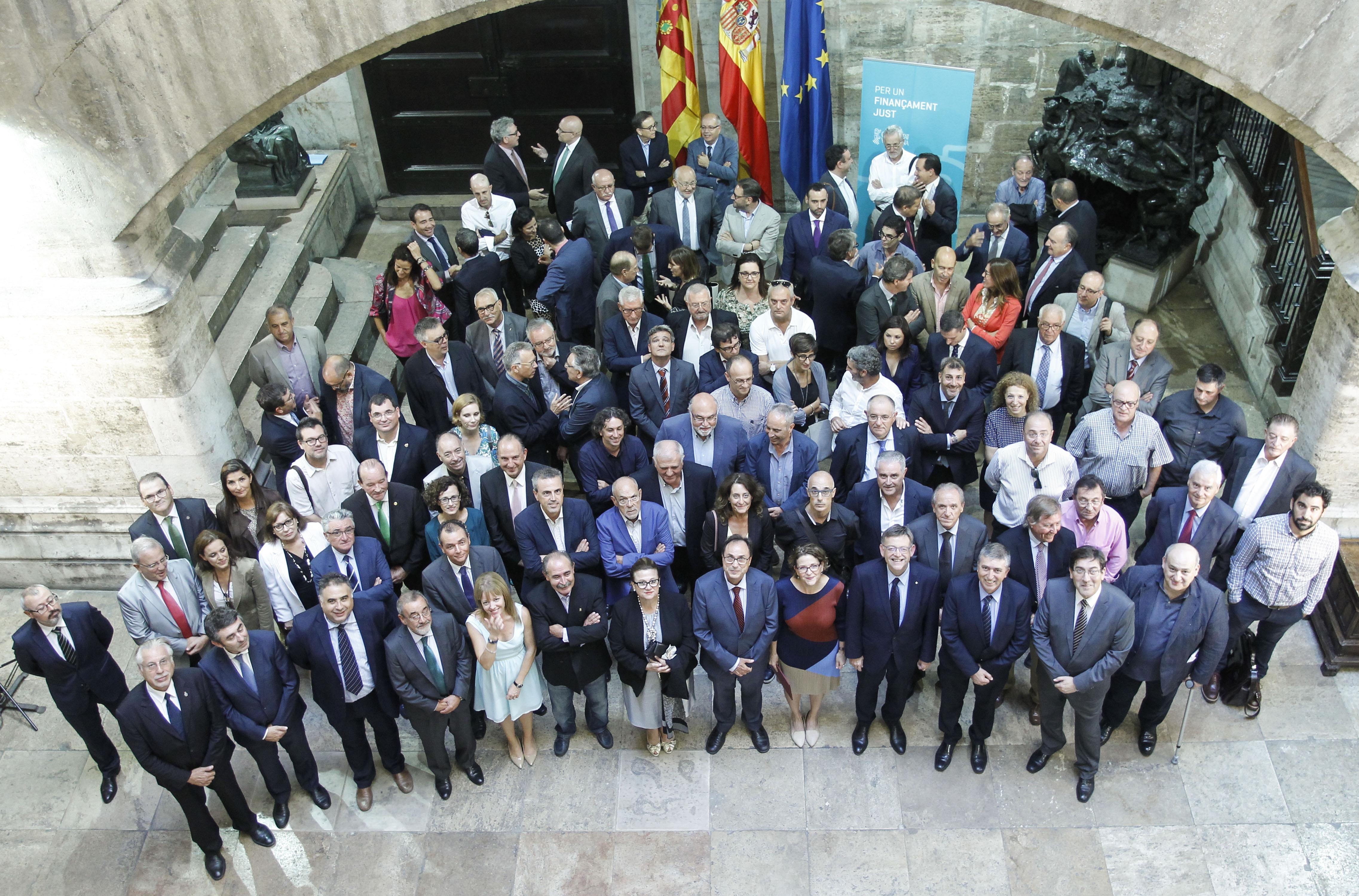 Entidades económicas y del sector agrario firman el manifiesto en favor de una financiación justa