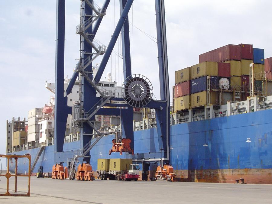 Puerto de Castellón, plataforma logística de los sectores productivos de la provincia