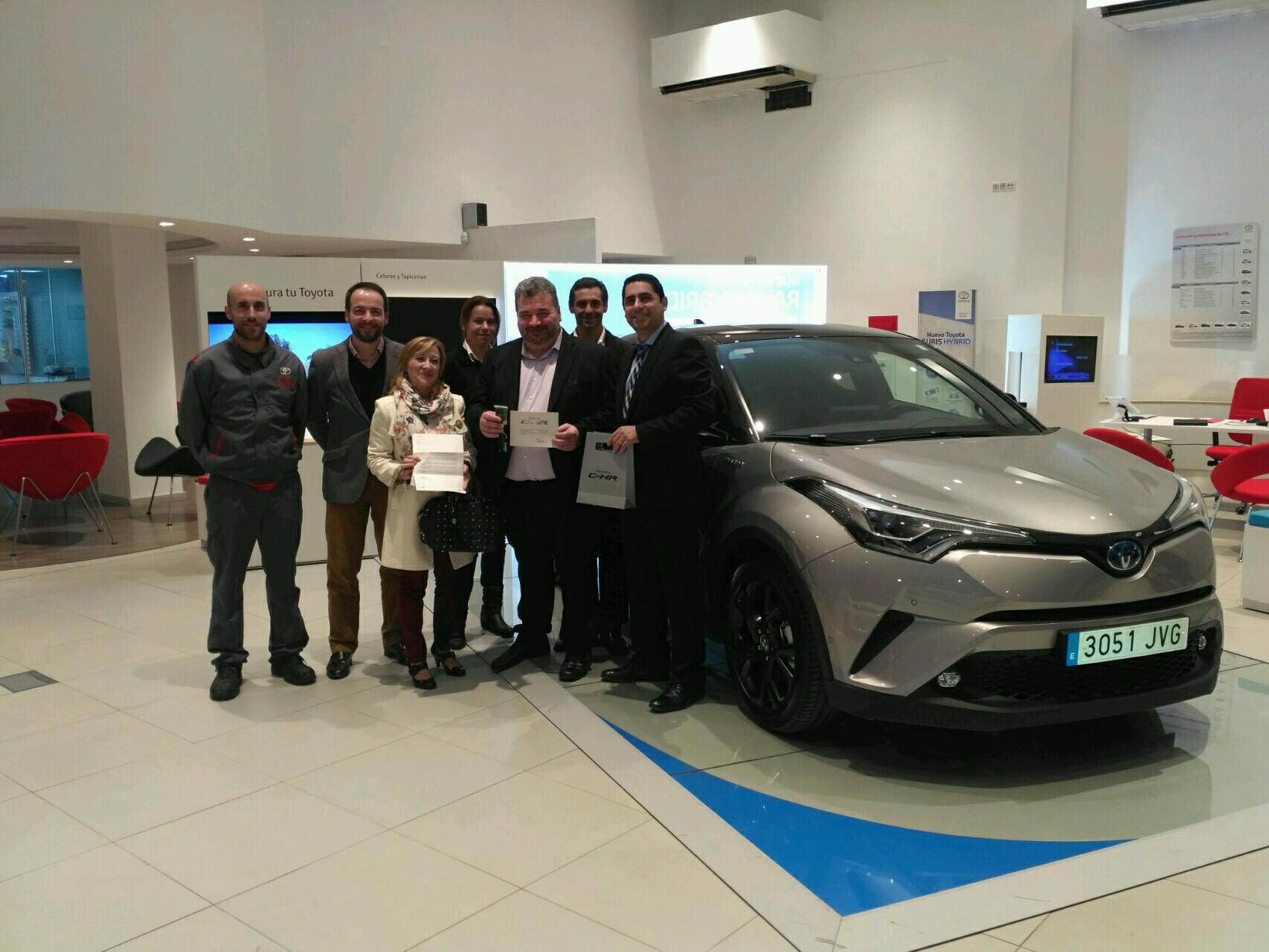 "Toyota CCF Motors, entrega la primera unidad del Toyota C-HR ""Launch Edition"""