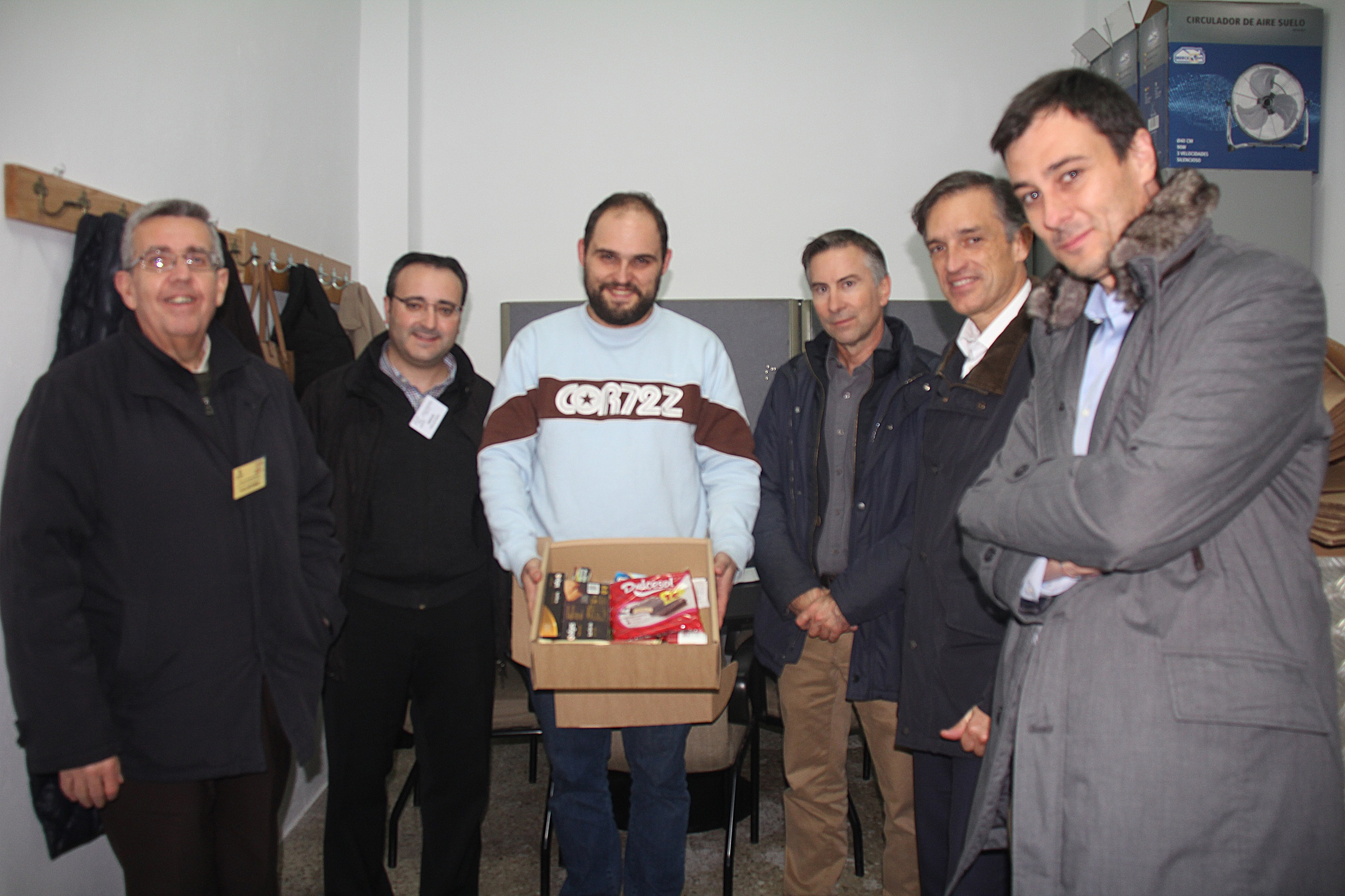 La plantilla de Hidraqua colabora en proyectos solidarios de Alicante y Torrent