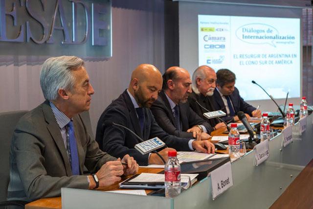 Argentina invita a las empresas españolas a participar en su plan de modernización con una inversión global de 250.000 millones de dólares