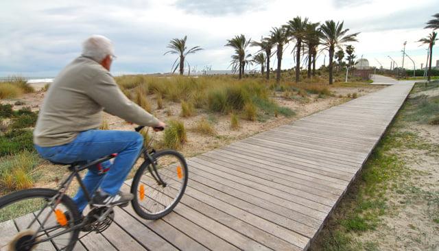 La Comunidad Valenciana recibe hasta agosto un 15,3% más de turistas que el año pasado