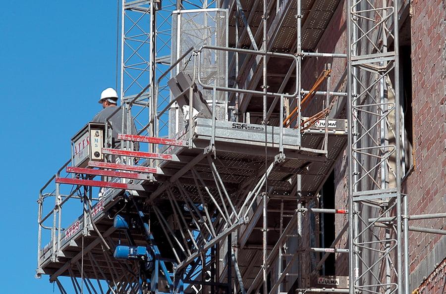 La crisis sanitaria aboca al cierre al 80% del sector de la construcción en la Comunitat