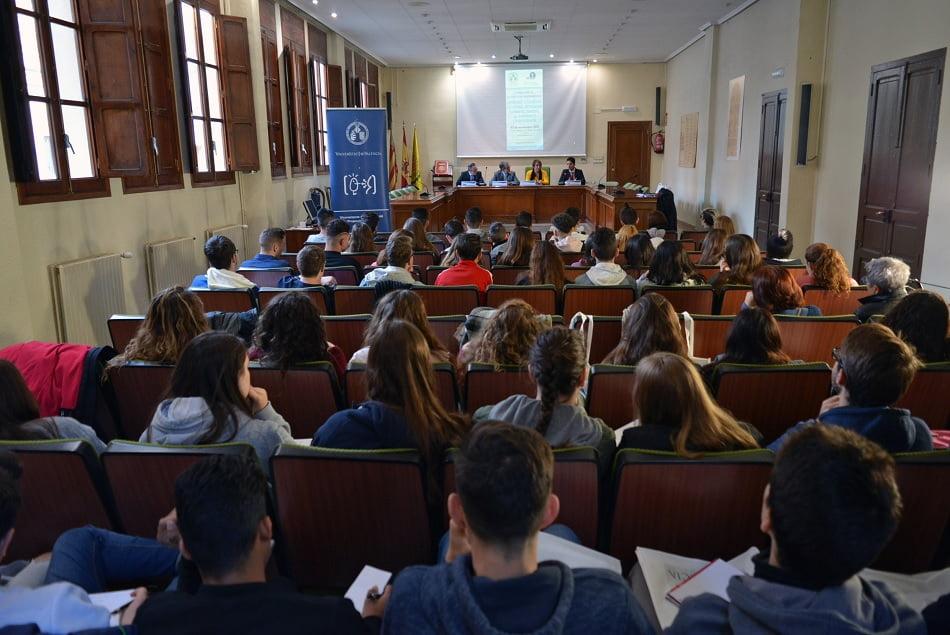 IES de Paterna y Quart de Poblet acogen un programa de alfabetización financiera