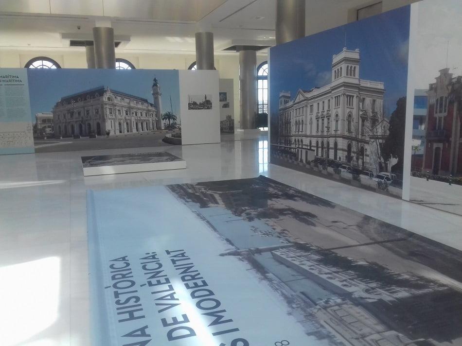 El Edificio del Reloj acoge una muestra sobre la Historia del Puerto de València