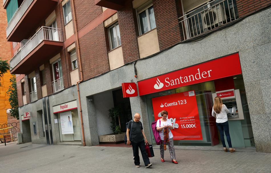 Imagen destacada Los beneficios del Santander caen un 14% por las gastos de reestructuración