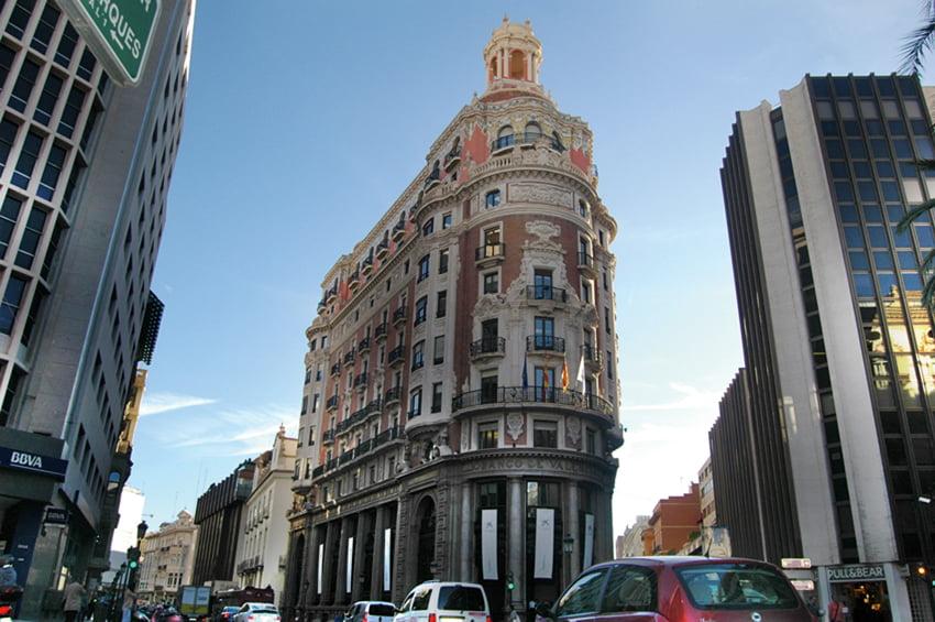 Imagen destacada CaixaBank, Sabadell y BBVA reducen resultados por las provisiones