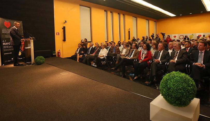 César Sánchez pide a Puig regula por ley la Dieta Mediterránea en ...