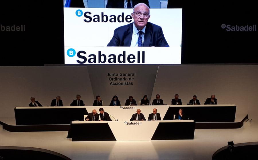 La cúpula del Sabadell renuncia al cobro de la retribución variable de 2020
