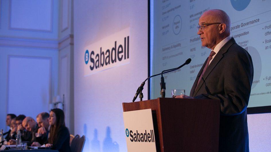 Imagen destacada Sabadell vende su promotora inmobiliaria a Oaktree por 882 millones de euros