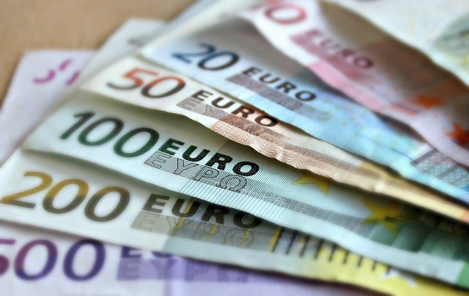 Imagen destacada El euro baja a 1,1003 dólares pero muestra síntomas de estabilización