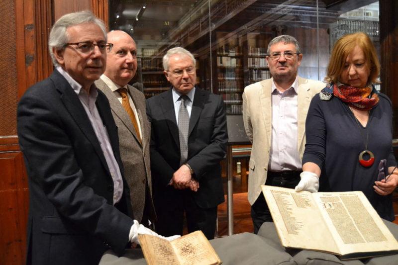 La UV enriquece su patrimonio con un manuscrito del siglo XV sobre tintorería