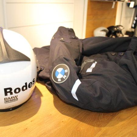 Imagen destacada BMW Motorrad lanza equipamiento para motoristas con airbag incorporado