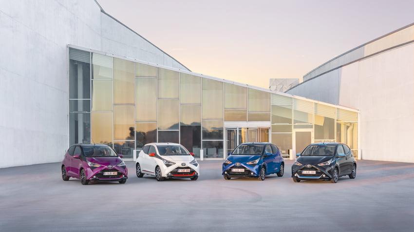 Toyota y Lexus cierra sus exposiciones e implanta servicios mínimos en talleres