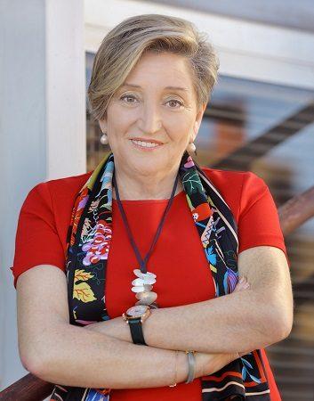 Imagen destacada La oncóloga Ana Lluch se incorpora al Patronato de la Fundación Adeit