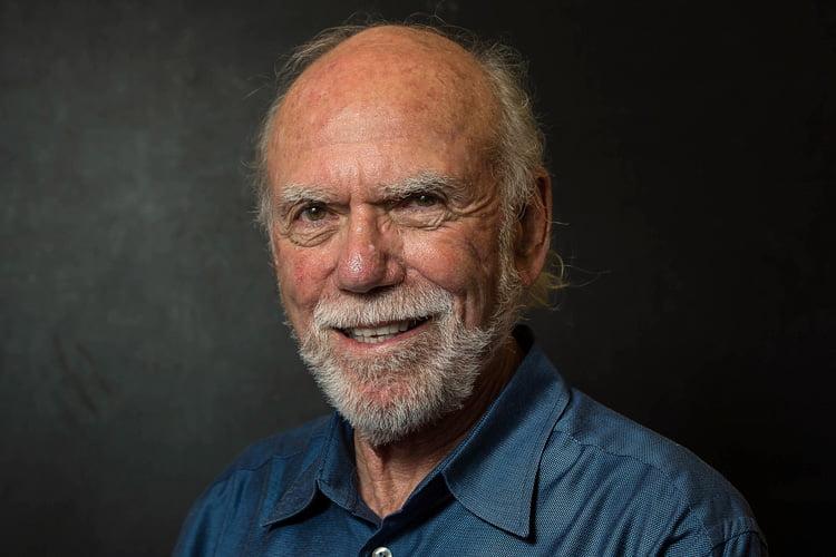 El Premio Nobel de Física Barry Barish imparte dos conferencias en València