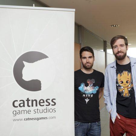 Imagen destacada Sony ha lanzado al mercado el primer videojuego de Catness