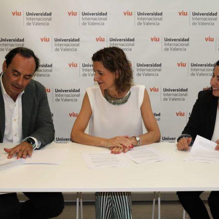 Imagen destacada La VIU y la agencia Zenithbr se unen para reforzar la formación en marketing