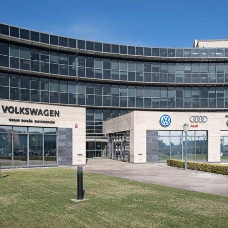 Imagen destacada Volkswagen se alía con Lanzadera para encontrar propuestas de uso de coches
