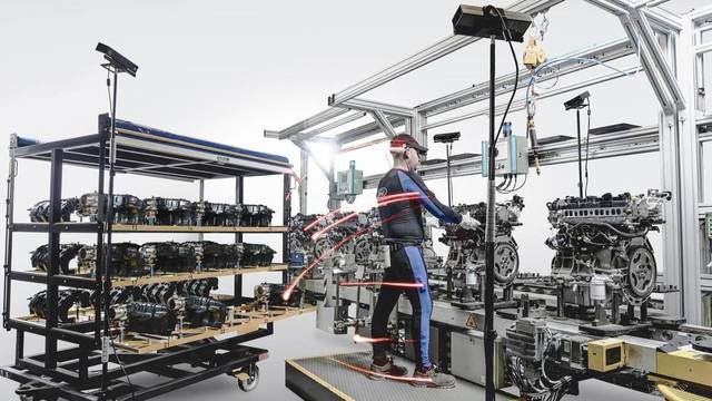 Ford replica tecnología procedente del deporte en su línea de producción