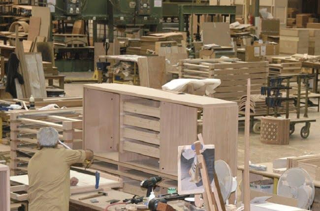 El sector del mueble logra recuperar su producción con una tendencia al alza