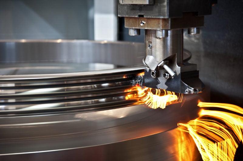 El 77% de las metalúrgicas reducirá su actividad o parará a corto plazo