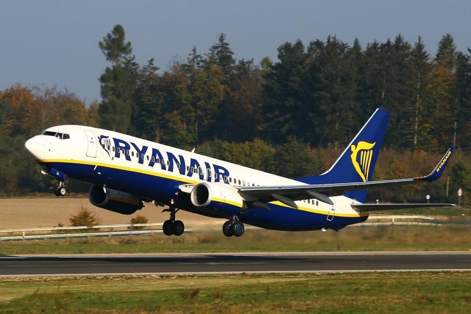 Imagen destacada Las aerolíneas 'low cost' transportaron a la Comunitat casi 700.000 pasajeros en abril