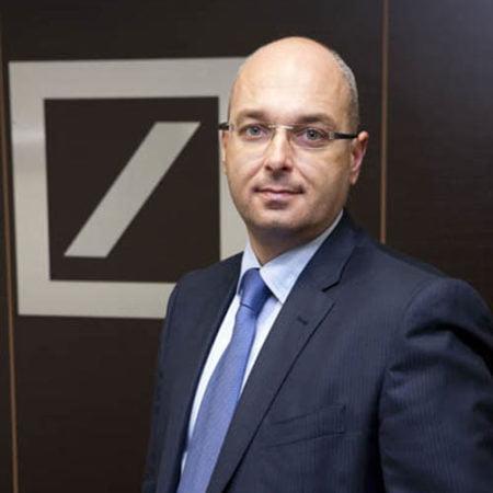 Deustche-bank-alicante-director