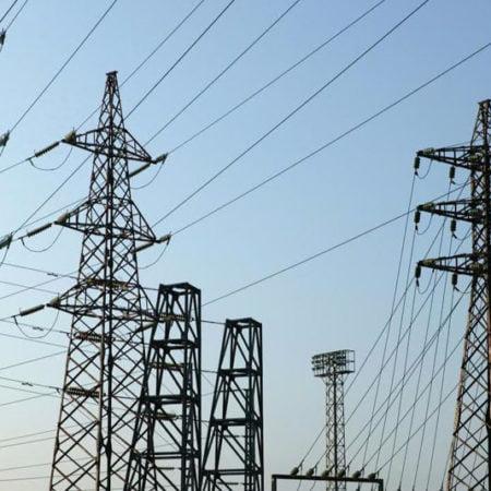 Imagen destacada El precio mayorista de la electricidad baja por segundo mes consecutivo