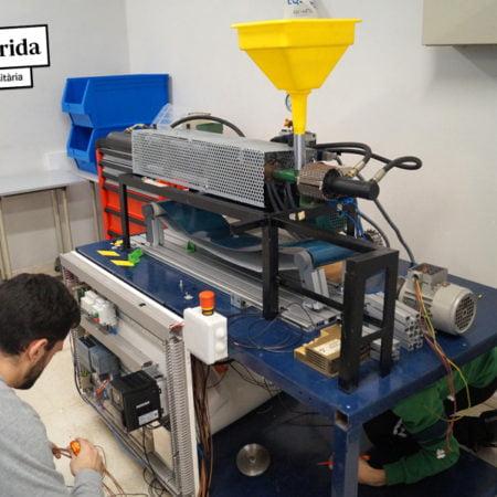 Estudiantes de Florida convierten el plástico en material para impresoras 3D