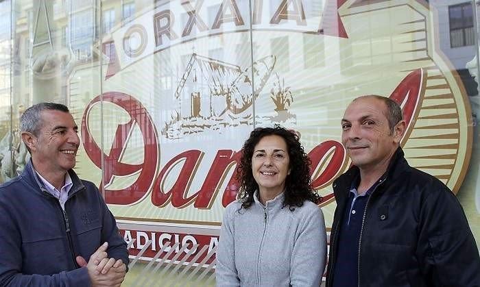 Horchatería Daniel: tres generaciones de maestros horchateros
