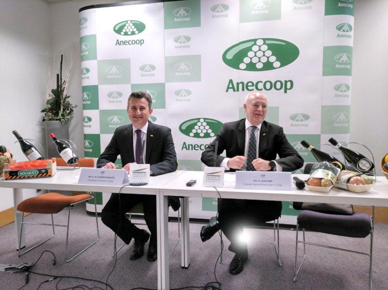 Anecoop dona 7.500 kilos de fruta a la Comunitat, Murcia, Almería e IFEMA