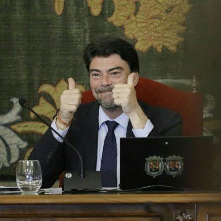 Luis-Barcala-pleno-presupuestos