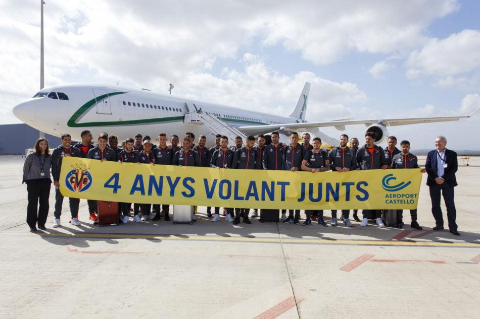 Aerocas celebra con el Villarreal CF el cuarto aniversario del primero vuelo comercial