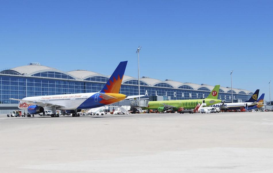 Las líneas aéreas 'low cost' transportaron un 10% más de pasajeros en 2019