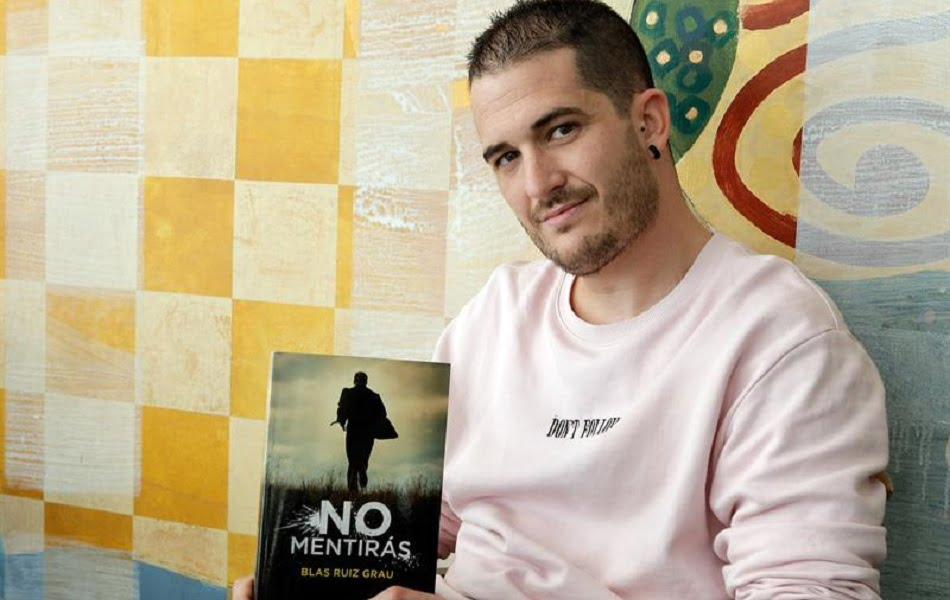 Imagen destacada El escritor alicantino Blas Ruiz Grau cierra su trilogía de novela negra con