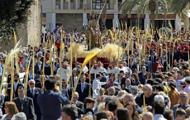 La suspensión de la Semana Santa de Elche genera unas pérdidas de 20 millones