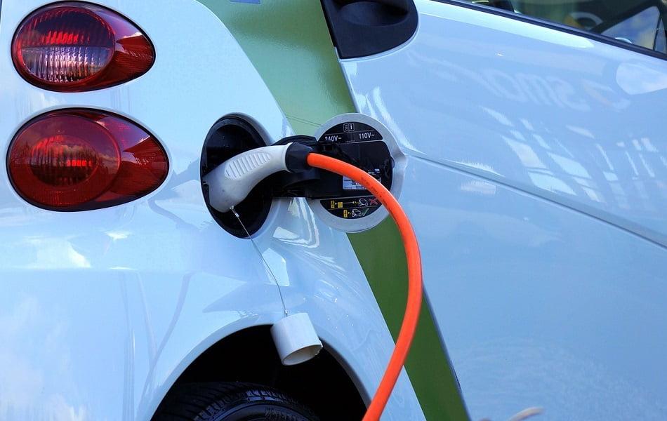 La Comunitat tiene 1.020 puntos de recarga públicos de vehículos eléctricos