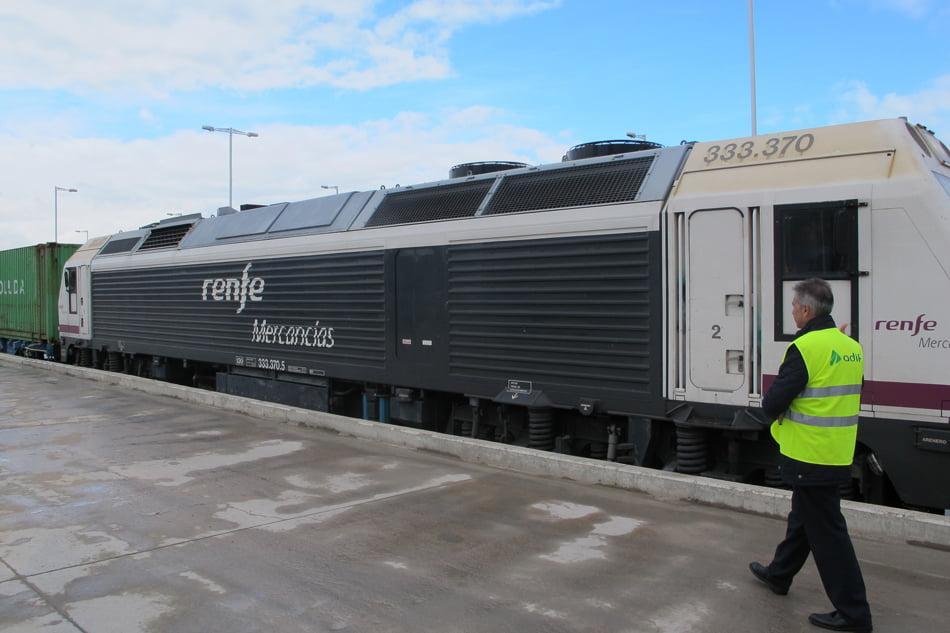 Imagen destacada Adjudicada por 7,8 millones la señalización ferroviaria Sagunto-Teruel
