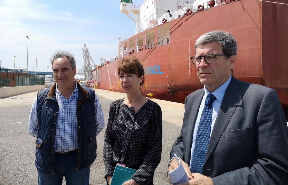 ExxonMobil mandará al año entre 80 y 100 grandes buques al puerto de València